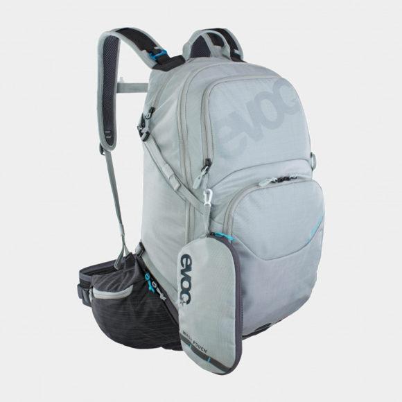 Cykelryggsäck EVOC Explorer Pro Silver/Carbon Grey, förberedd för vätskebehållare, 30 liter, grå