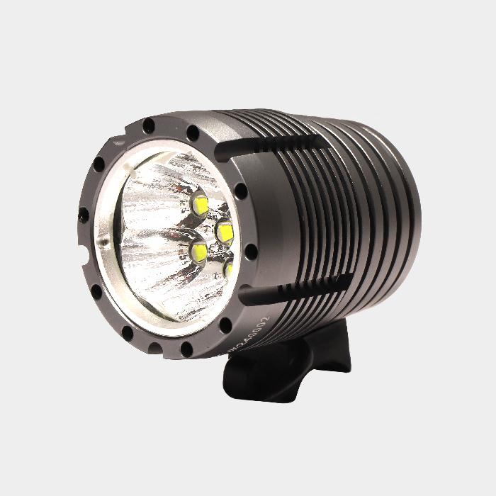 Hjälmlampa Ugoe Trailblazer 6000 + styrfäste + fjärrkontroll