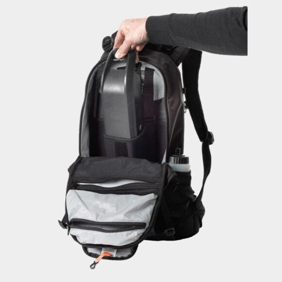 Cykelryggsäck XLC BA-S95, med batterifack, förberedd för vätskebehållare, 17 liter