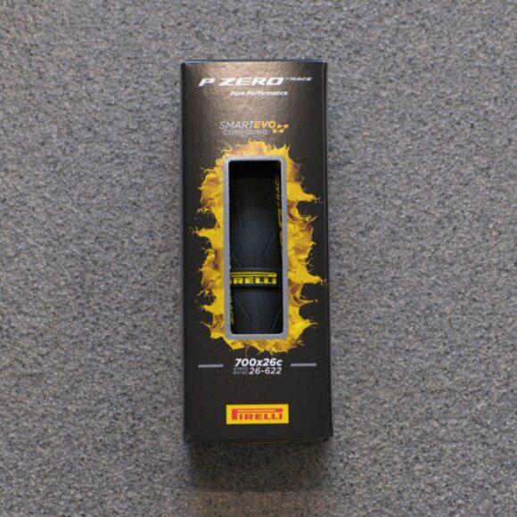 Däck Pirelli P ZERO Race Colour Edition TechBELT SmartEVO Yellow 26-622 (700 x 26C / 28 x 1.00) vikbart